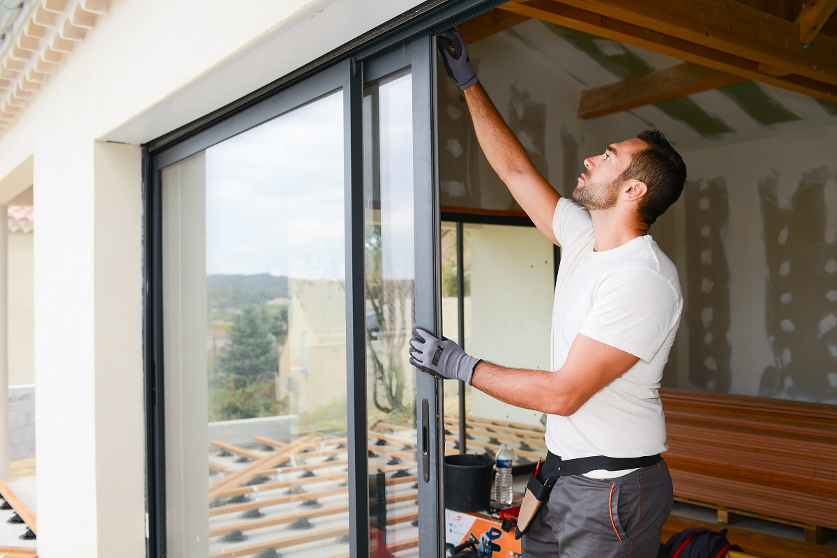 fixing glass door