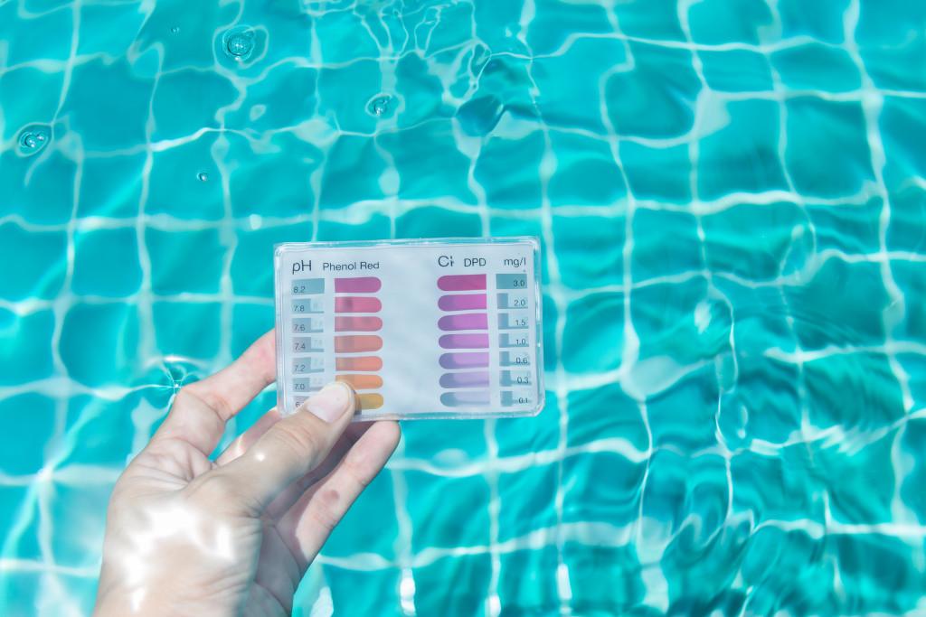 Pool testing kit